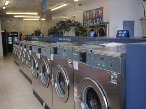 Big load, front loading washers - use quarters or credit cards | Portsmouth Coin Laundry