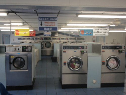 Credit cards accepted - Sandston Laundry Land Laundromat