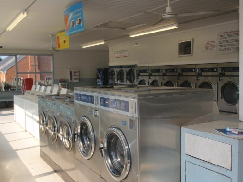 Variety of sizes and plenty of washers to choose from | Brookneal Laundry Land
