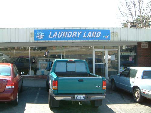 Salem Laundry Land Laundromat | Plenty of Parking