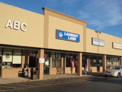 Verona Laundry Land Laundromat in Verona, VA