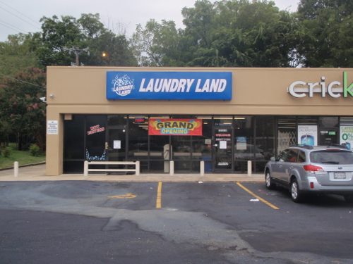 Greensboro Laundry Land Laundromat next to Cricket Wireless on Randleman Rd